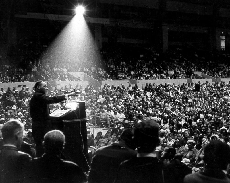 King delivering his last speech, forshadowing his own death in April 1968
